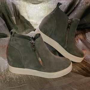Steve Madden Grey Wedgie High-top Wedge Sneaker